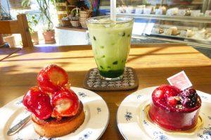 セーベのケーキと抹茶タピオカ