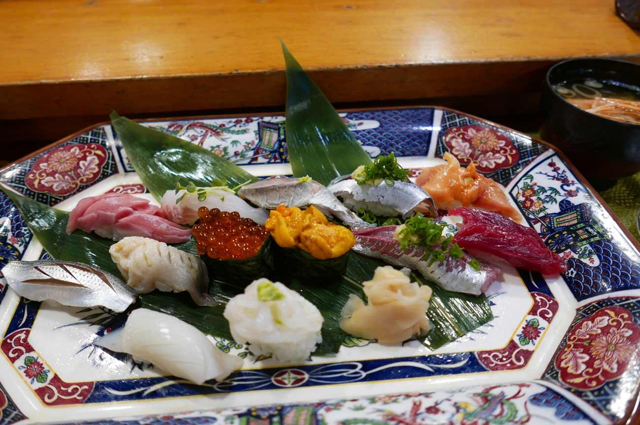 美浜寿司のおまかせにぎり