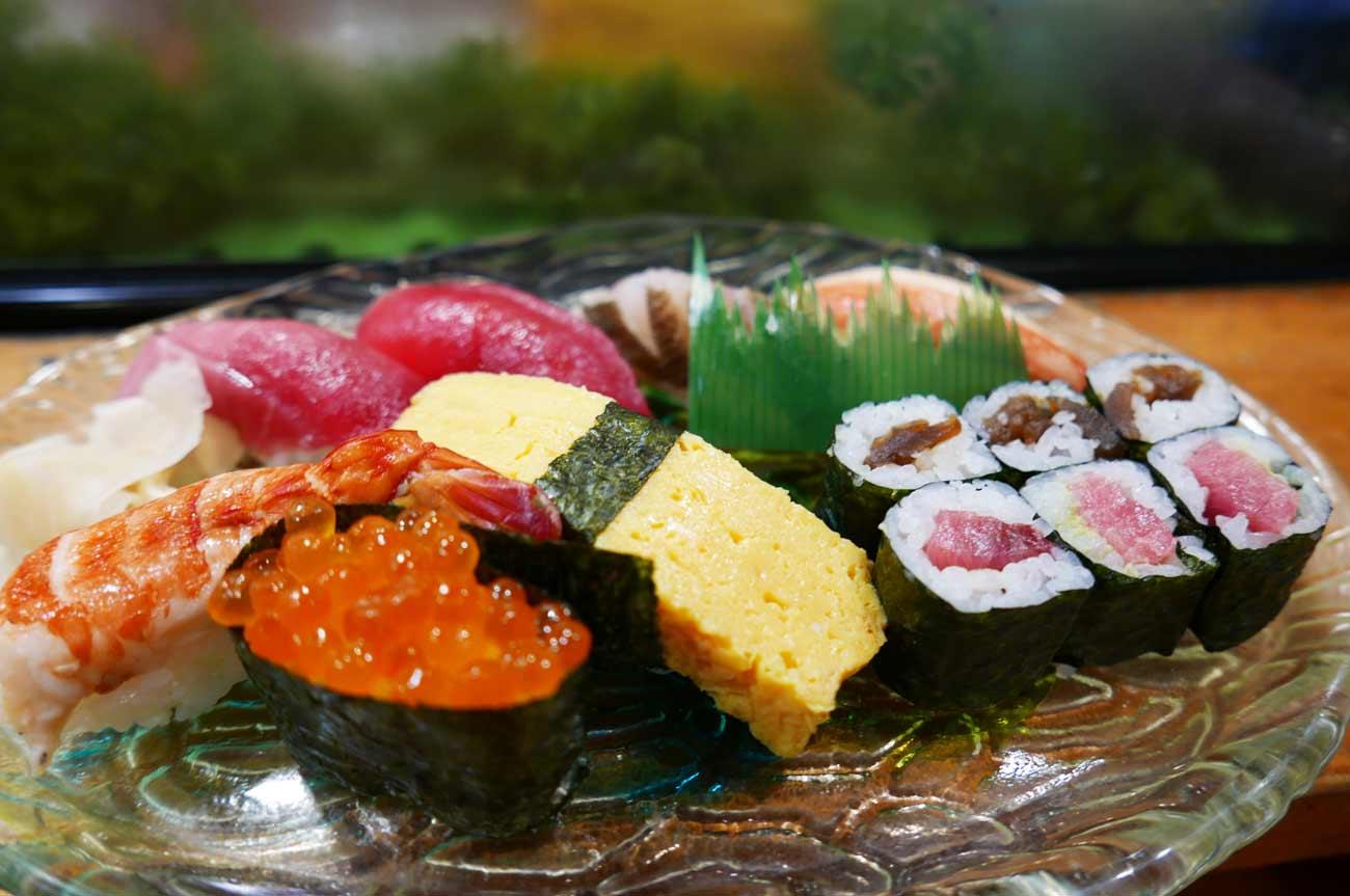 中寿司(にぎり)