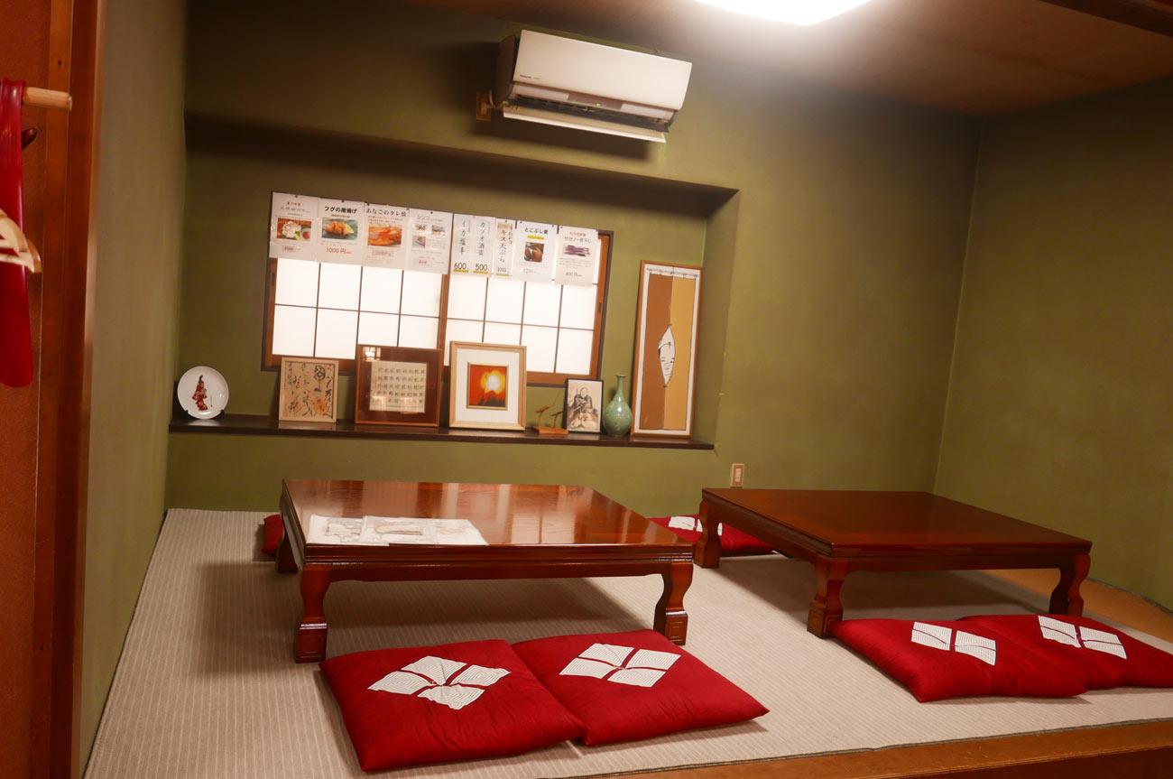 らかん寿司松月の座敷