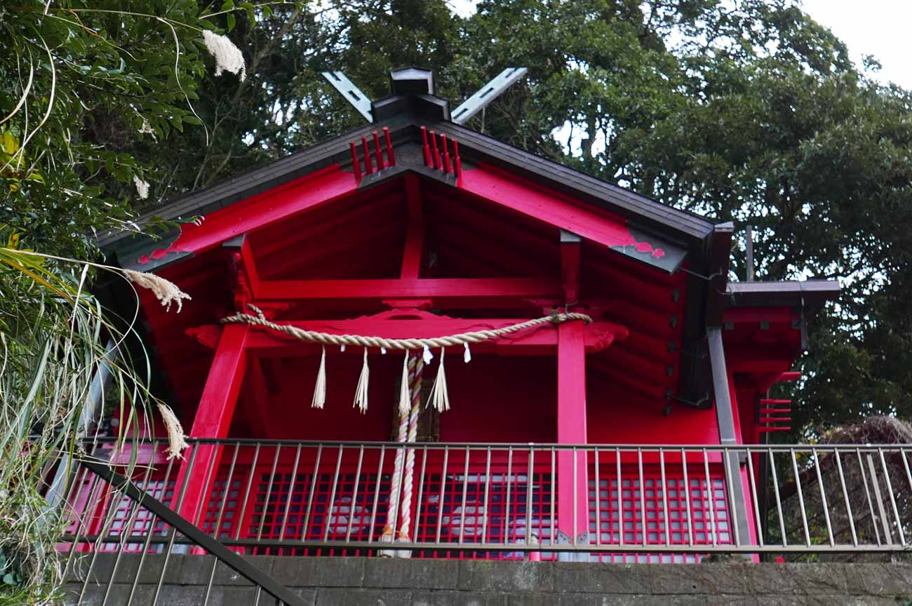 皇神社の拝殿アップ