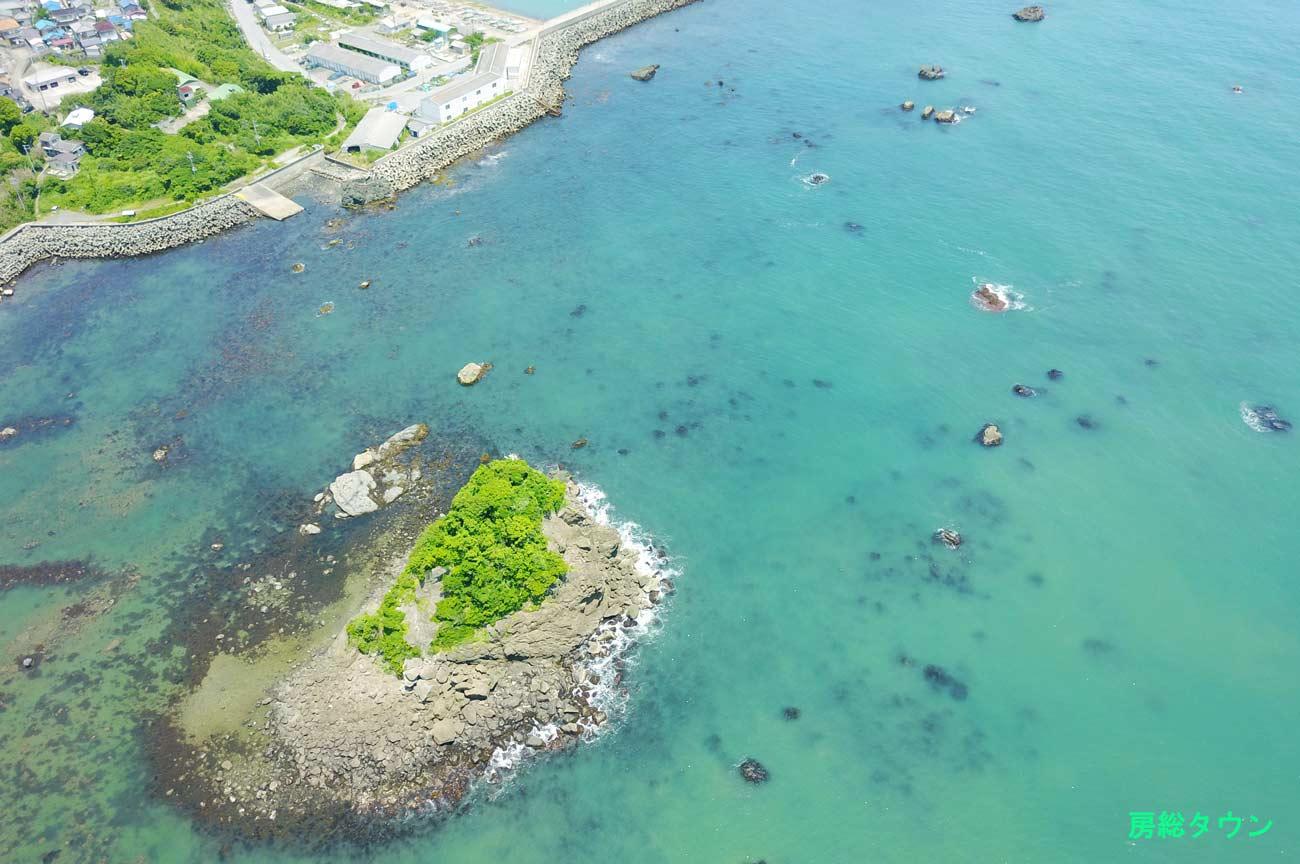 鴨川松島をドローンで空撮