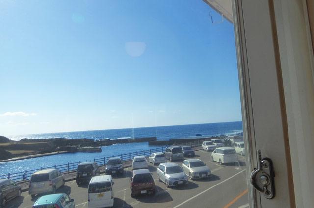 2階からの眺め(野島崎港)