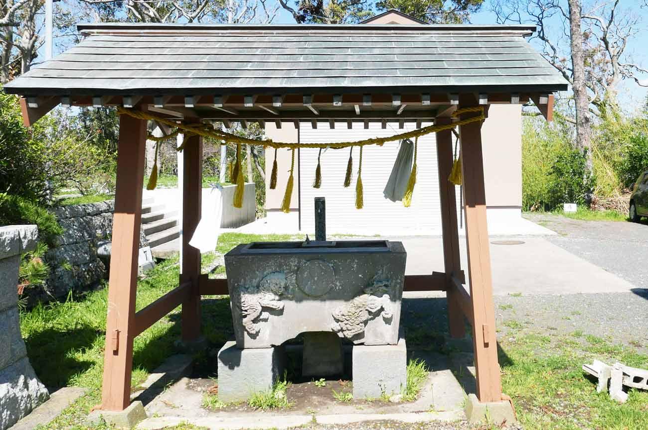 八雲神社の手水舎