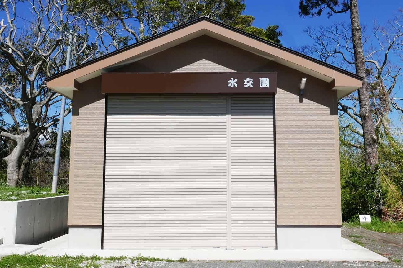 八雲神社の屋台小屋