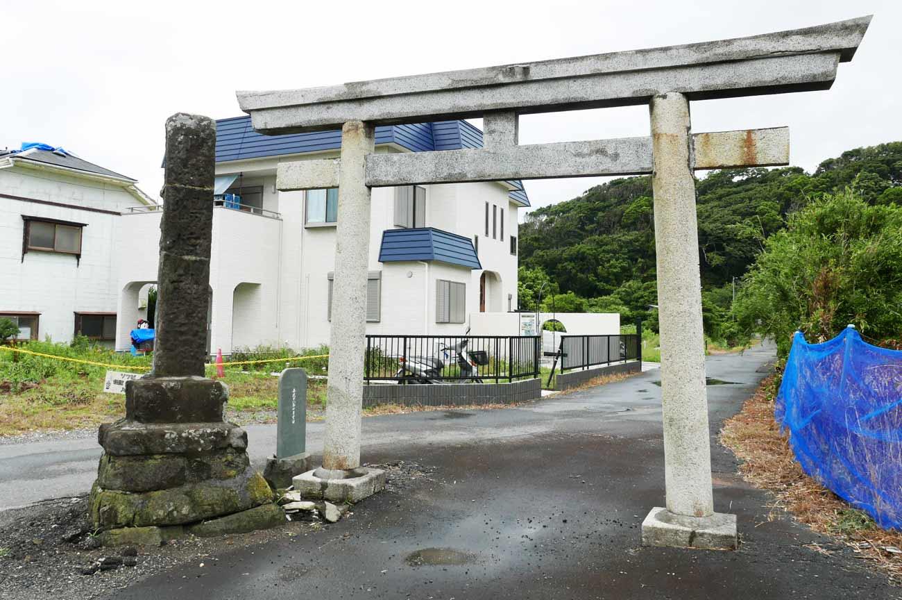 鶴崎神社の鳥居