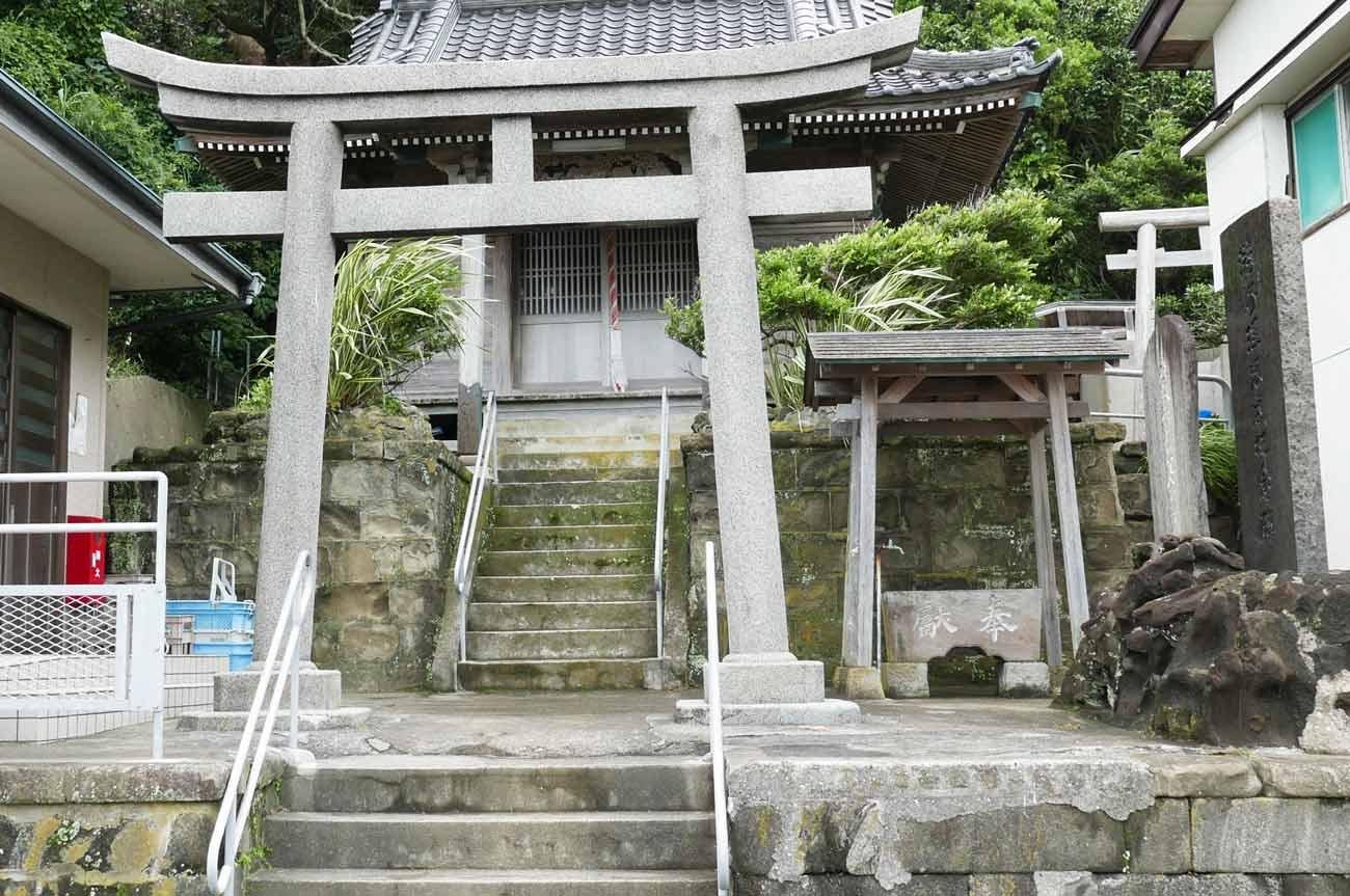 海上神社の鳥居