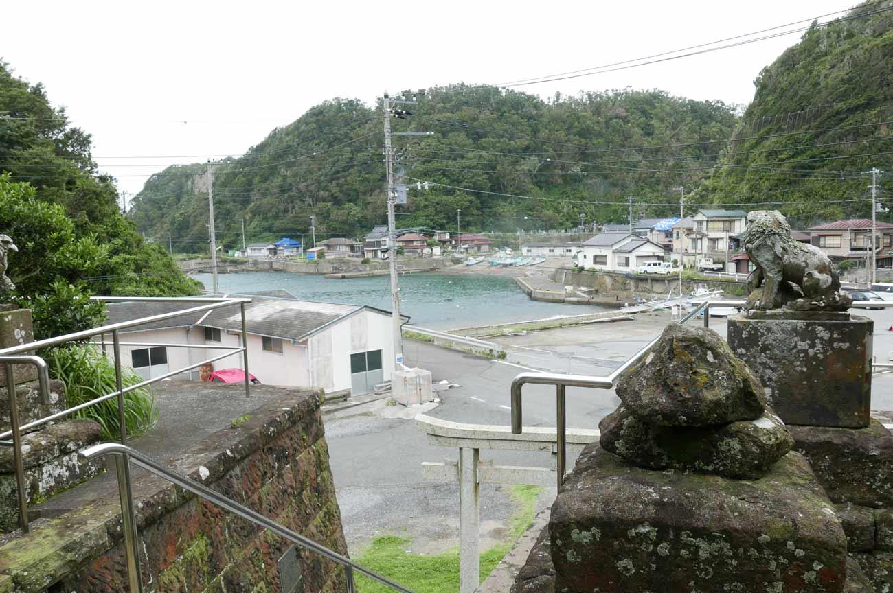 境内から見た岩井袋港