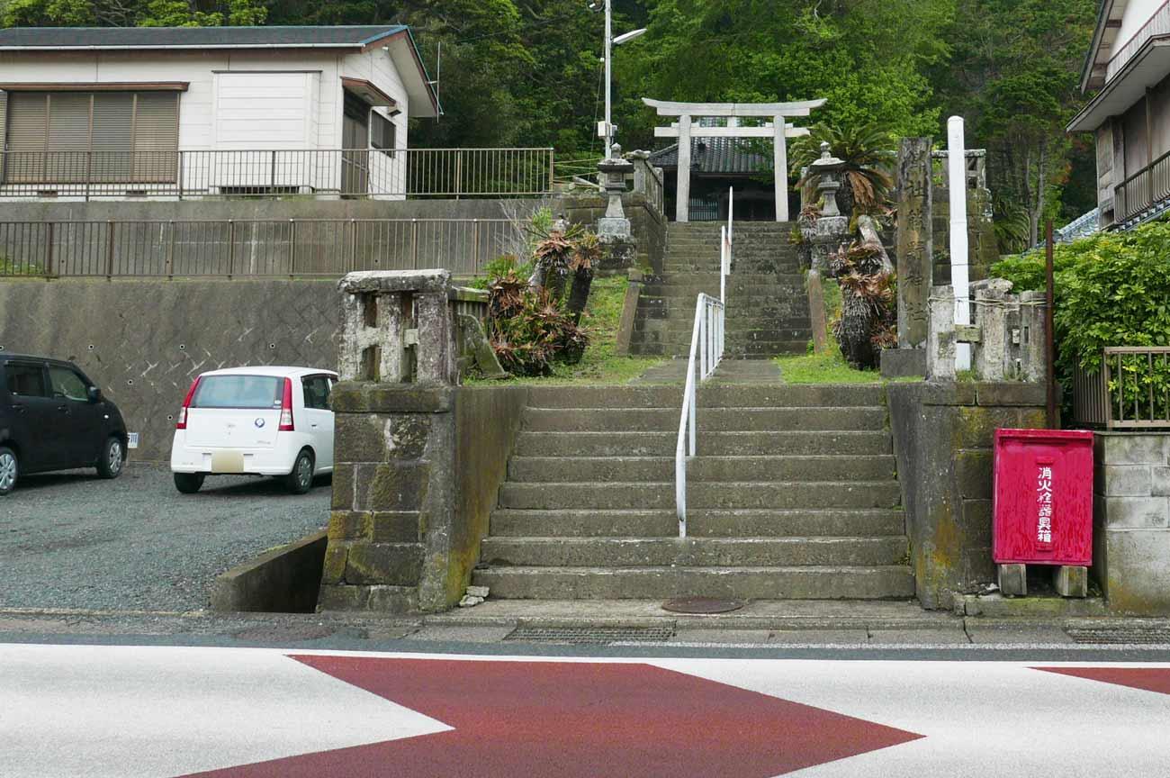 熊野神社の全景