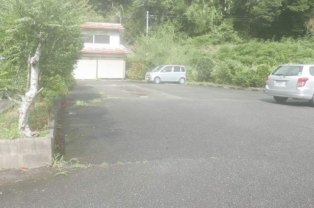 粟斗温泉の駐車場