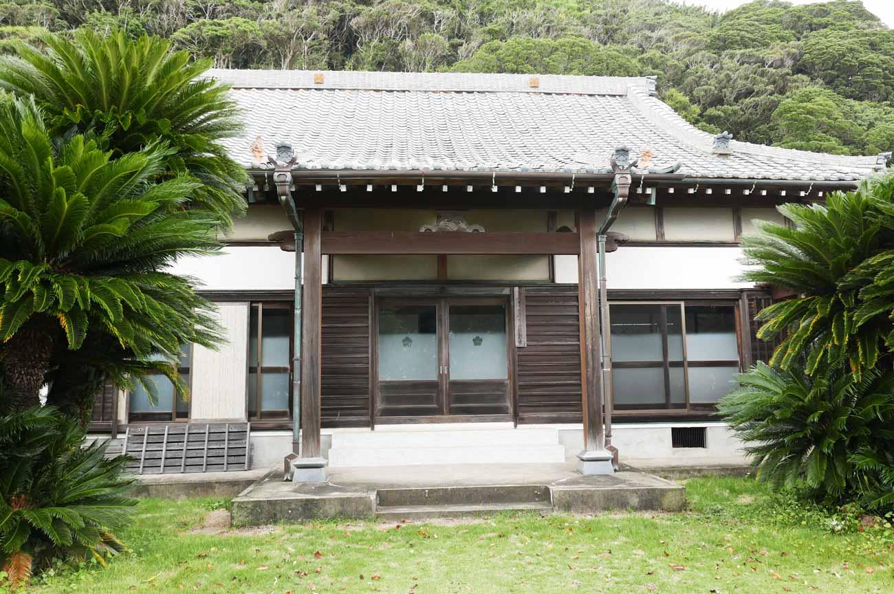 浄照寺の本堂(正面)