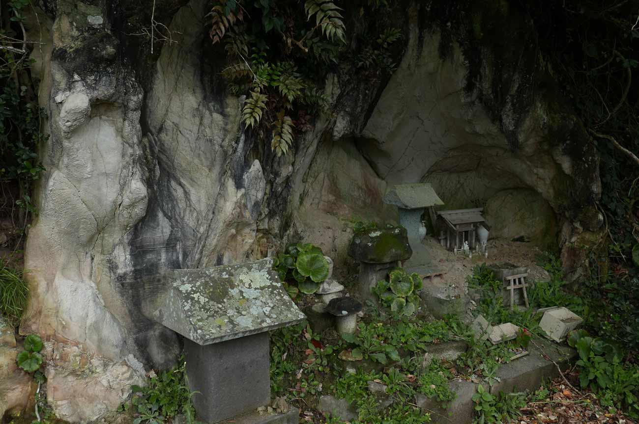 九頭竜神社の石宮