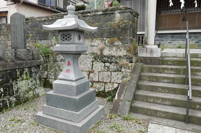 常夜灯(左)