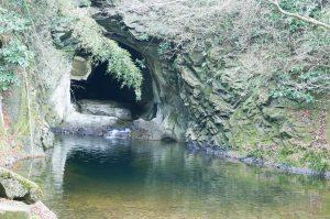 錦沼と穴の口