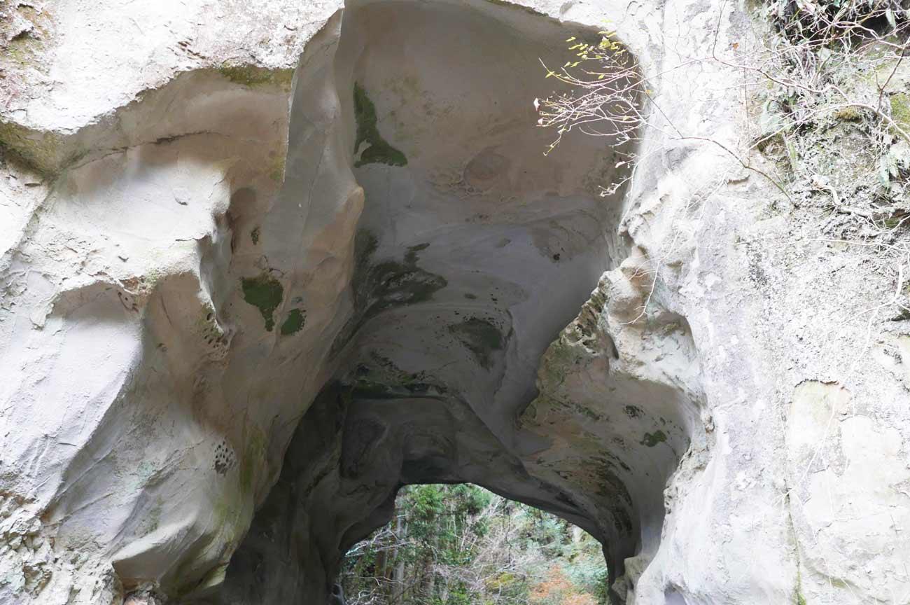 甚兵衛穴の上部