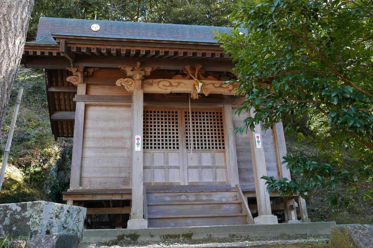 正勝神社の拝殿