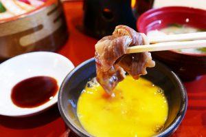 里見伏姫牛のすき焼きとちらし寿司のセット