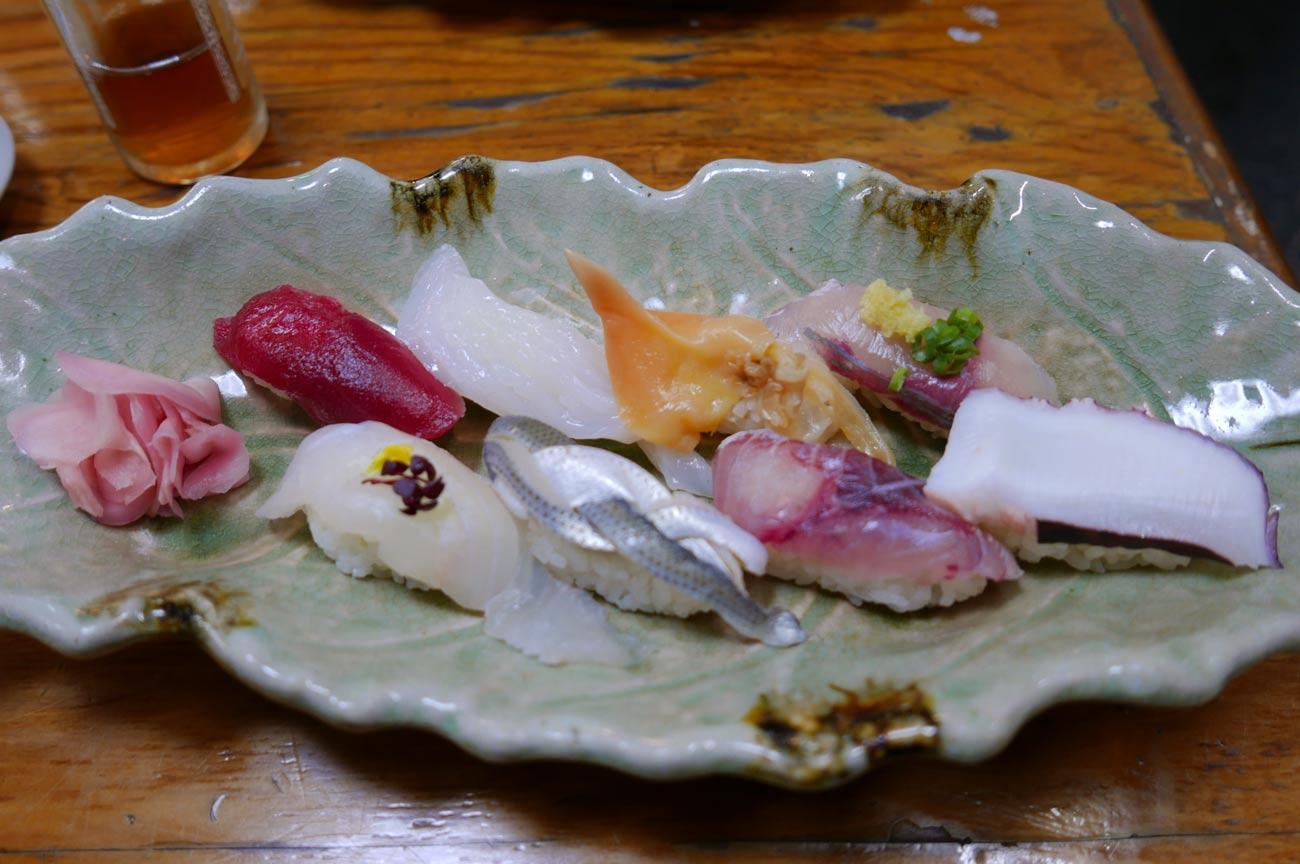 ふじみ寿司の地魚寿司