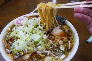 竹岡式の生麺