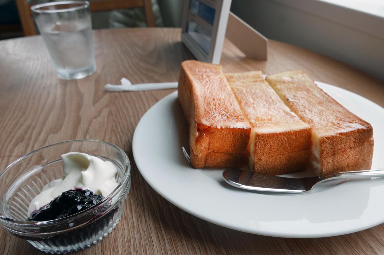 海猫珈琲店のバタートースト