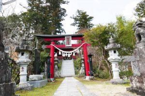 久留里神社の鳥居と参道