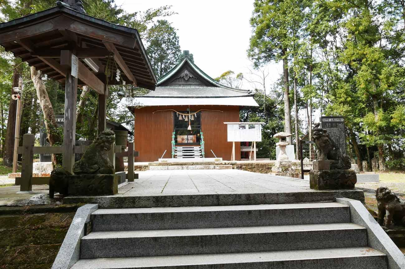 久留里神社の境内