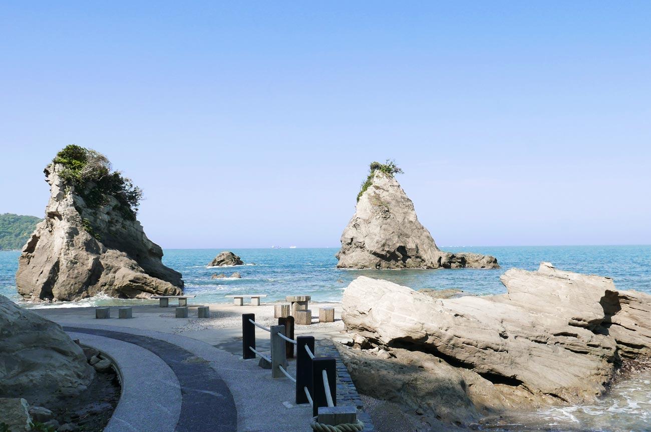 ずずめ島と船虫島(南無谷側)
