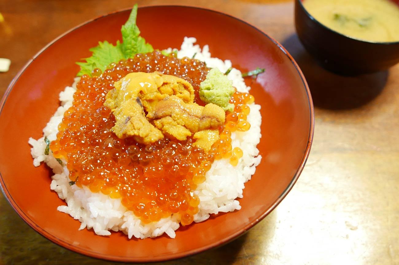 イクラ・ウニ丼