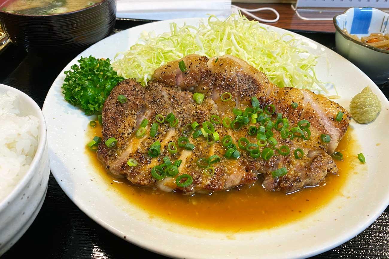 トンテキ定食