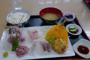 磯家【金谷の地魚定食とラーメン】