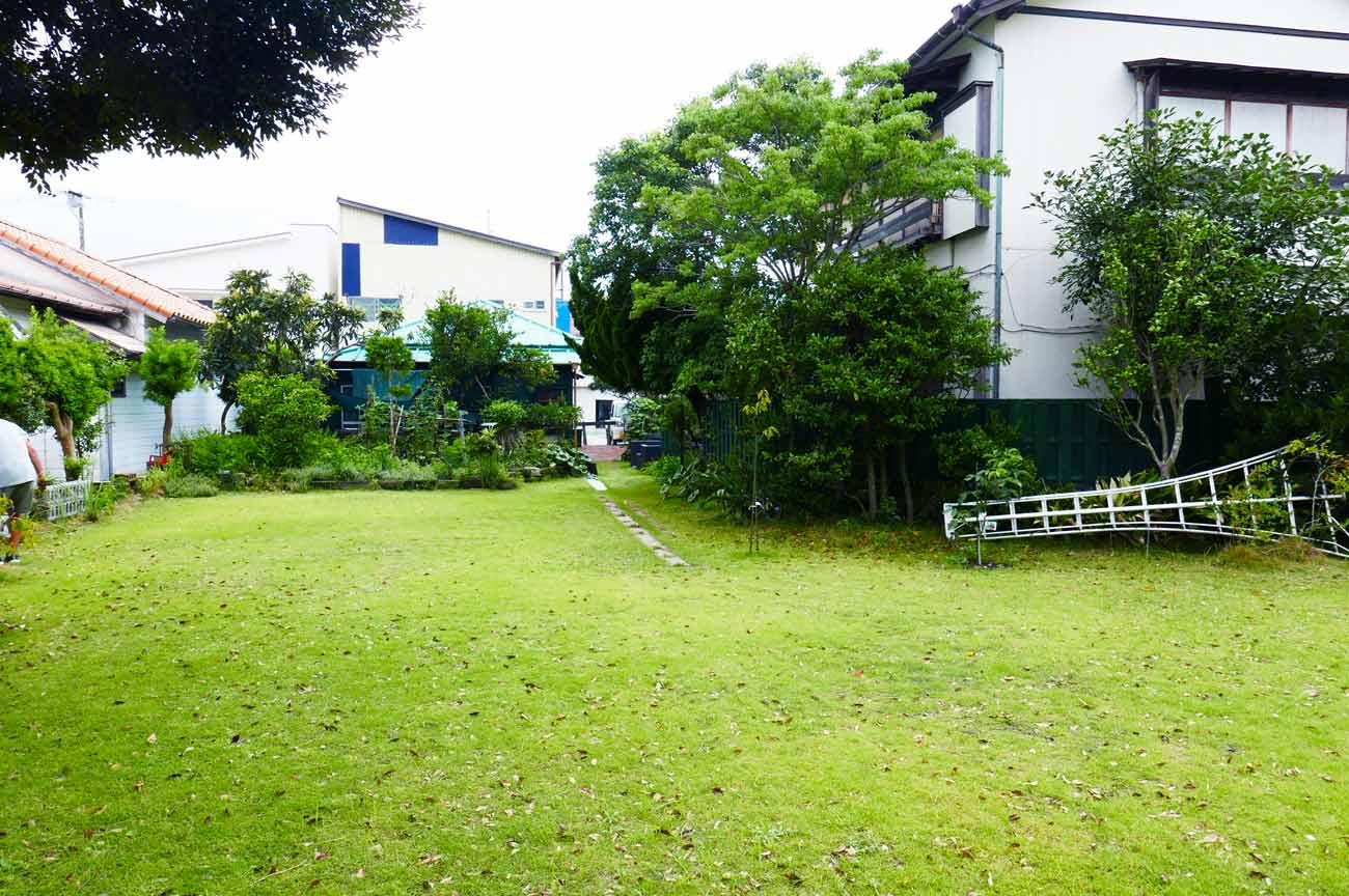 MANDIの広い庭